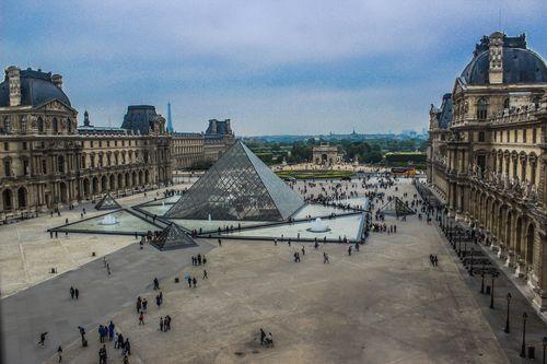 Paris-17