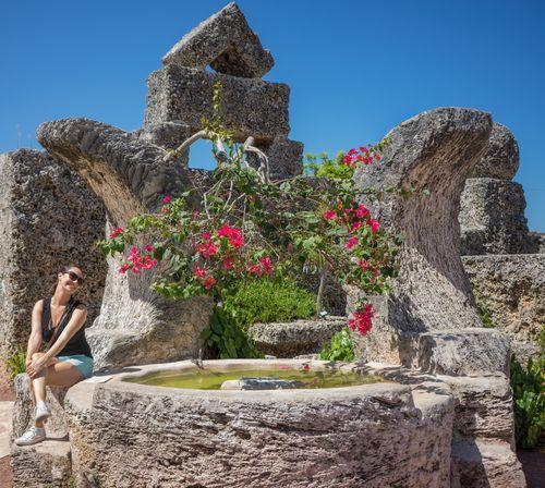 Wandering and searching island girl-1-33