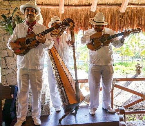 Mexican-singers-1228184_960_720