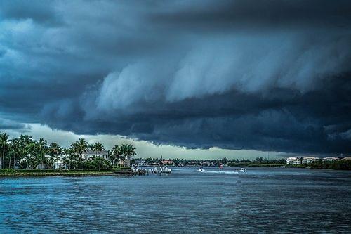 Storm-407963_640