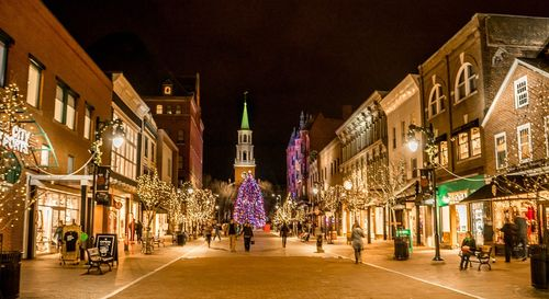 A Christmas In Vermont.Christmas In Burlington Vermont Featuring Church Street