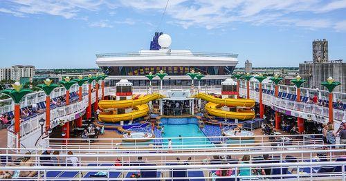 Cruise-ship-1326079_960_720